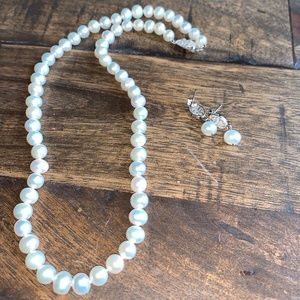 Pearl Choker Necklace and Earrings Set